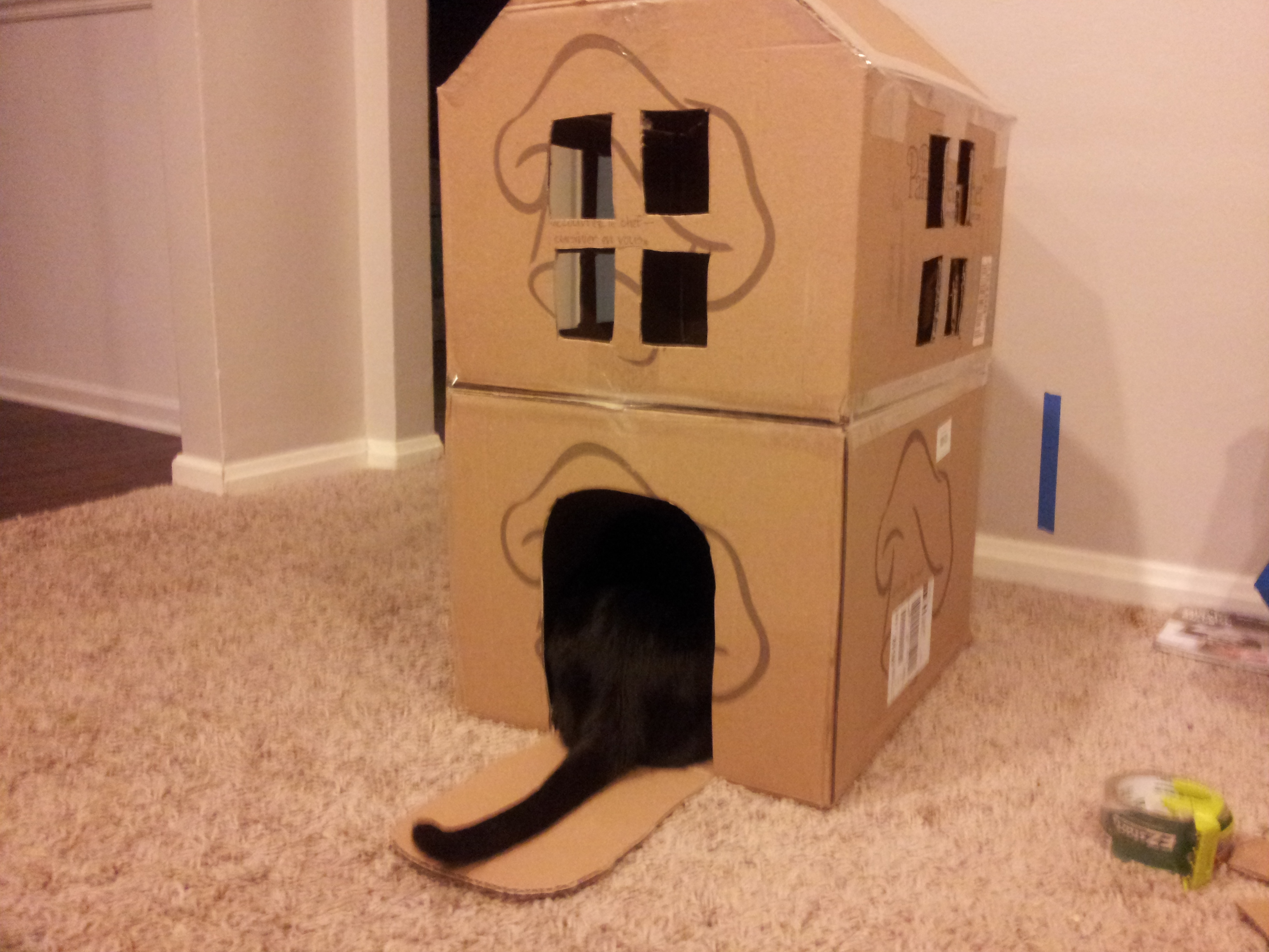 Кошачий домик из коробки своими руками 8